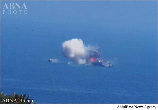 حمله موشکی داعش به یک کشتی نیروی دریایی مصر + عکس
