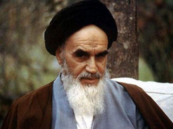 تابلوهای انحرافی در جاده انقلاب اسلامی