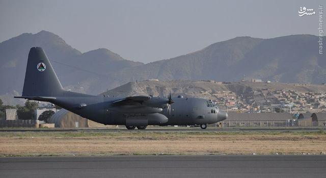 عکس/ تحویل هواپیمای C-130 به افغانستان