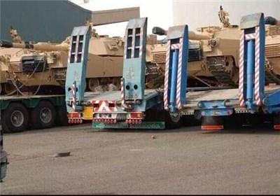 عربستان ۱۳۰ خودروی نظامی وارد عدن کرد+تصاویر