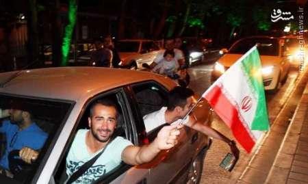 شادی مردم پس از پیروزی برابر لهستان+عکس