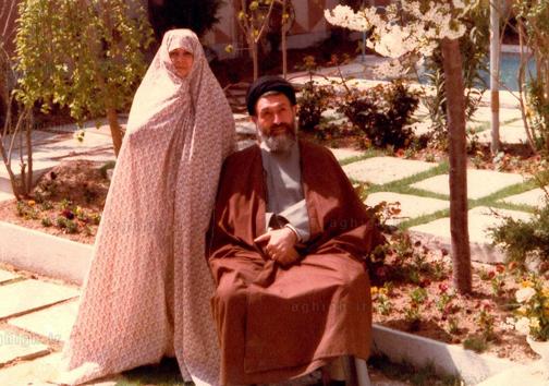 آیتالله بهشتی و همسرش + عکس