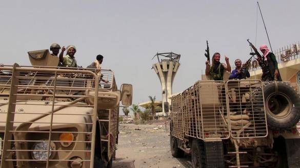 چرا همزمان با توافق هستهای ایران اوضاع یمن آشفته شد/ سعودیها چگونه به عدن بازگشتند؟