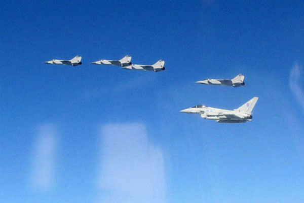 روز پرکار نیروی هوایی انگلستان بر فراز بالتیک+عکس