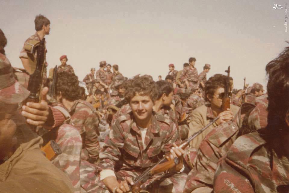 عکس/ تمرین نظامی بشار اسد در 15 سالگی