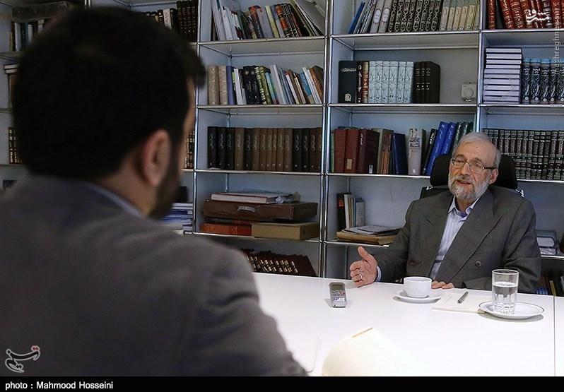 شگفتی قطعنامه آنجاست که چه آمریکا از ایران شکایت کند و چه برعکس، تحریمهای ایران برمیگردد