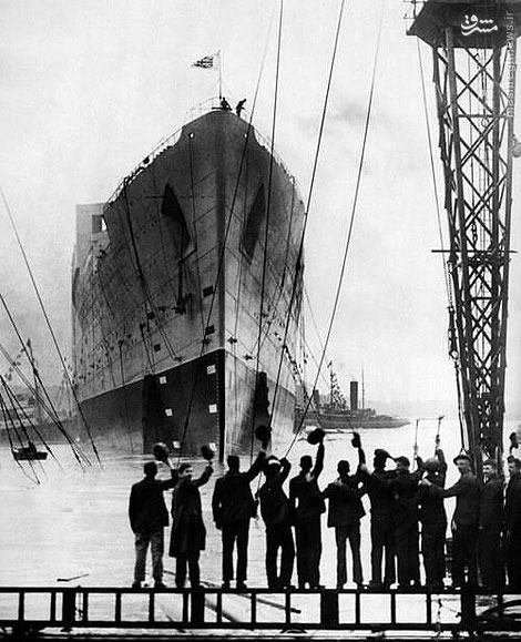 لحظه به آب انداختن تایتانیک/ عکسلحظه به آب انداختن کشتی تایتانیک در بلفاست -31 مه 1911.