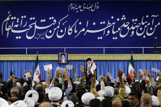 اجازه نفوذ و حضور آمریکاییها در ایران را نمیدهیم/ دست دوستی به سوی همه دولتهای اسلامی دراز می کنیم/ «ایجاد اختلاف و نفوذ»، نقشه نظام سلطه در منطقه