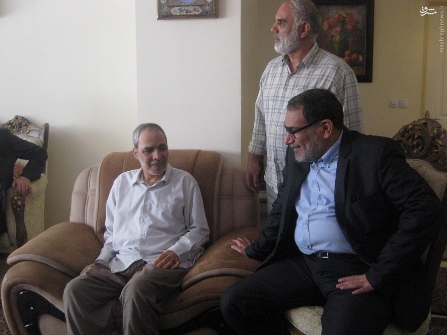 دیدار دبیر شورای عالی امنیت ملی یا خانواده شهید و جانباز + تصاویر