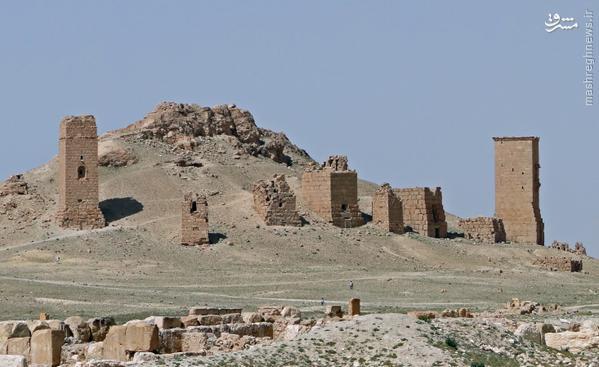انهدام بخش سوم آثار باستانی تدمر توسط داعش+تصاویر