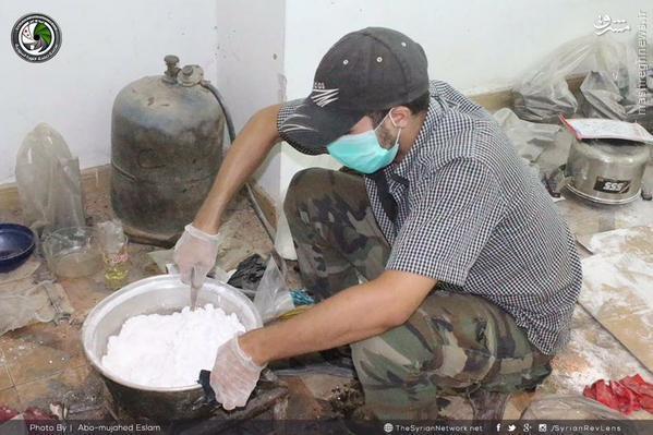 کارگاه ساخت خمپاره در دمشق+تصاویر