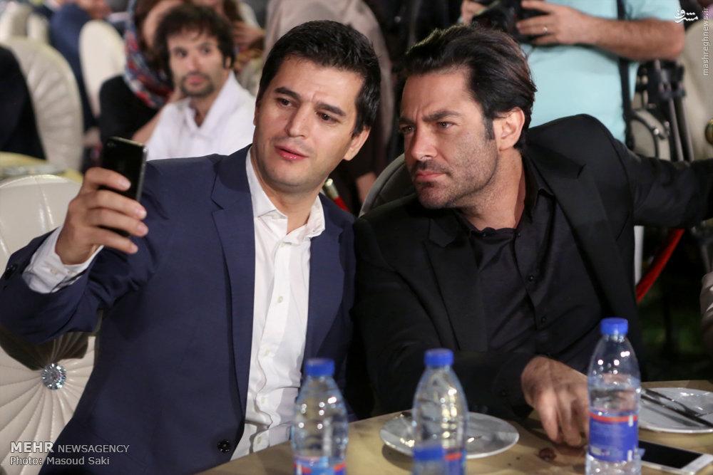 عکس/ سلفی با محمدرضا گلزار در جشن هنرمندان