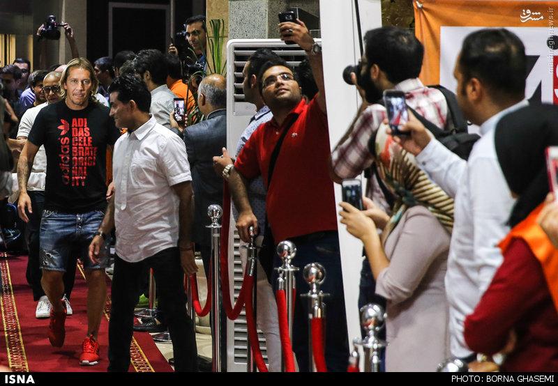 روبرتو کارلوس در ایران