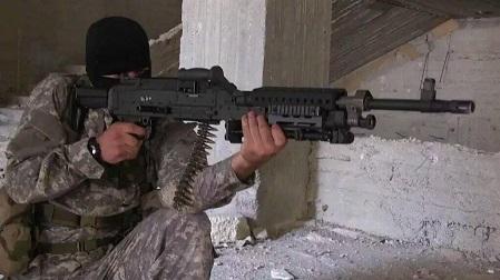 اسلحه ساخت آمریکا در دست تروریست جبهه النصره + عکس