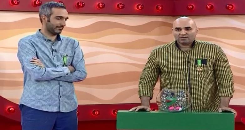 دانلود مرحله نیمه نهایی مسابقه خندوانه - دانلود اجرای علی مسعودی - گلچین برنامه خندوانه 10 مهر 94