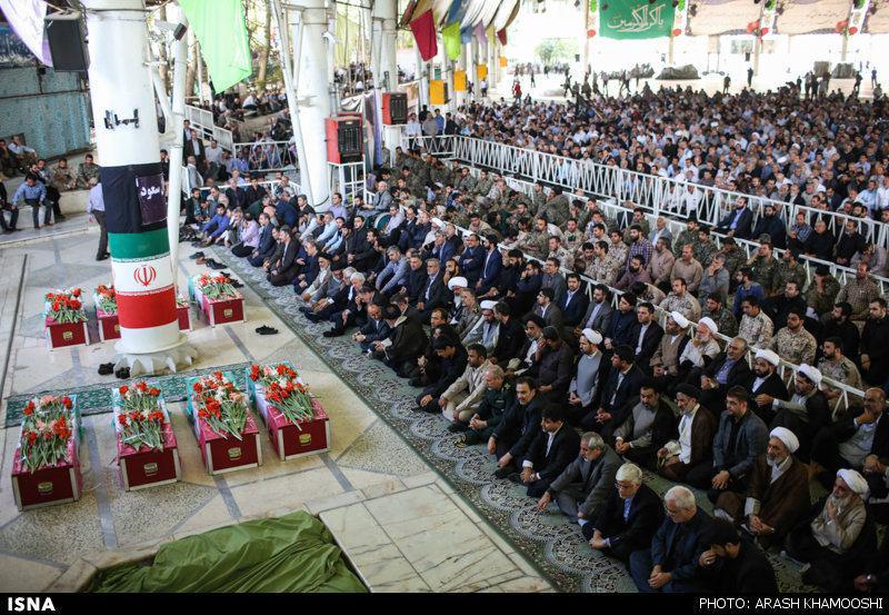 آغاز مراسم تشییع پیکر جانباختگان فاجعه منا/ریشهری:جنایت آل سعود در منا بدتر از جنایت صهیونیستها در غزه/اسامی 114 پیکر بازگشته به ایران در پرواز دوم+عکس