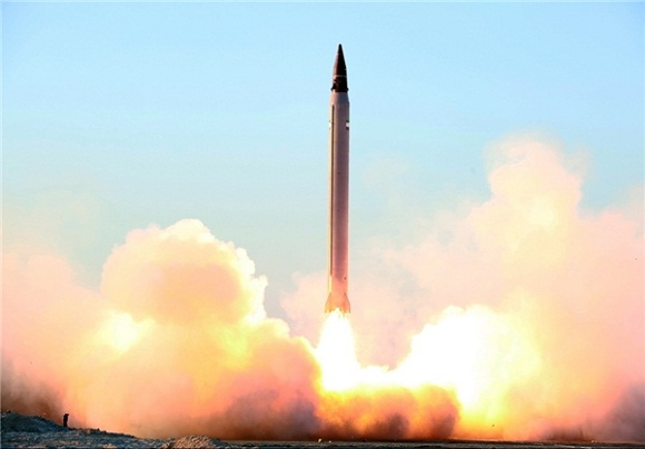 شلیک موفق «عماد» نسل جدید موشک های بالستیک ایران +عکس