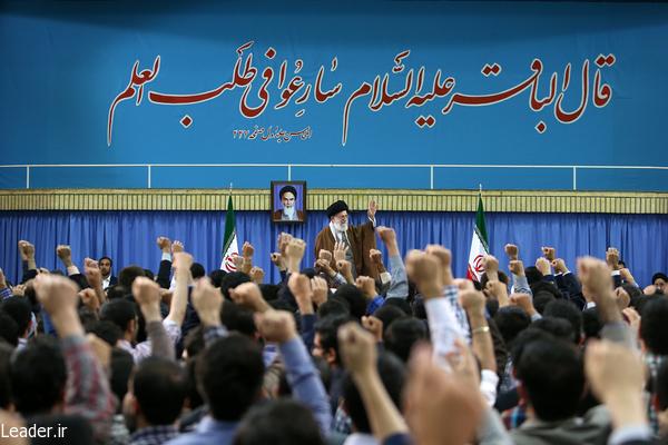 دشمن از زنده بودن اهداف و شعارهای انقلاب عصبانی است/ تا وقتی تفکر و حرکت انقلابی در کشور وجود دارد پیشرفت و نفوذ ایران روز به روز بیشتر خواهد شد/ انکار دستاوردهای علمی و دلسرد کردن جوانان خیانت به کشور و ناموس ملی است