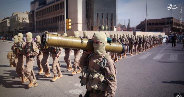 رژه علنی داعش در خیابانهای موصل+تصاویر