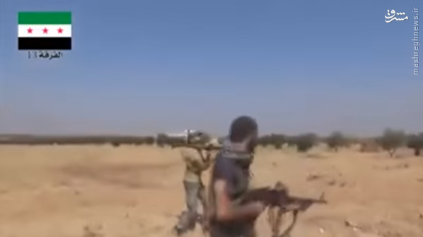 لحظه هلاکت تروریست تکفیری بدست ارتش سوریه در حلب+عکس و فیلم