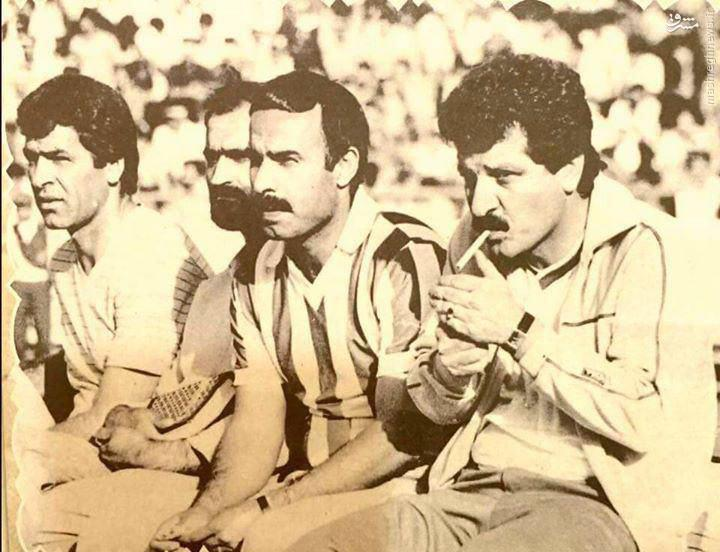 عکسهای کمیاب/ سیگار کشیدن روی نیمکت استقلال
