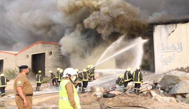 3 انبار در مکه دچار آتش سوزی شدند+تصاویر