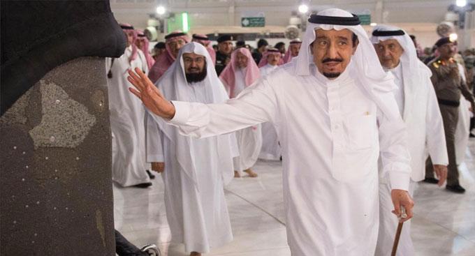 چرا اولین تجزبه ملک سلمان در مدیریت حج بحرانی شد؟/ اخراجیهایی که از فاجعه منا خوشحال شدند!