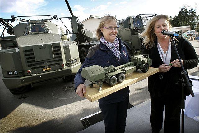 تحویل سامانه «کمانگیر» به ارتش سوئد+عکس