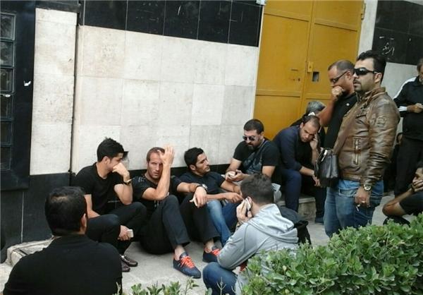حضور پرسپولیسیها بر سر پیکر هادی نوروزی - قالب بلاگ بیان