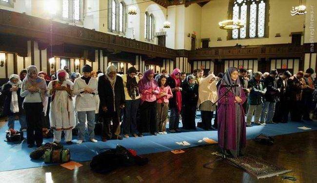 جنجالی جدید؛ امام جماعت شدن زن ها