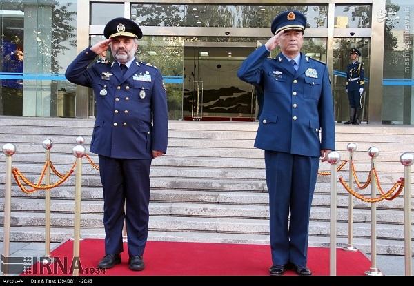 بازدید هیئت ایرانی از صنایع هوایی اژدهای شرق(آماده نیست)