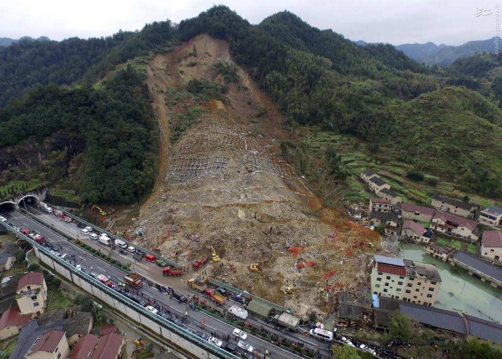 عکس/ رانش زمین در چین با ۳۷ کشته و زخمی