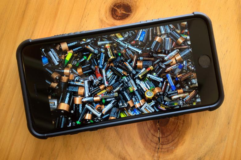 ترفندهایی برای استفاده حداکثری از باتری آیفون