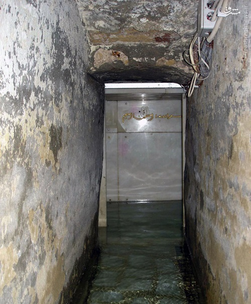 چشمهای که دور قبر اصلی حضرت عباس (ع) طواف میکند+ تصاویر