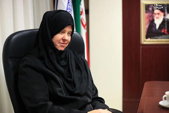 من شعار «مرگ بر سیاستهای غلط آمریکا» میدهم/ جوانان آمریکایی نمیدانند دولتشان چه بر سر ایران آورده است/ ایرانیها، آمریکاییهای خاورمیانه هستند/ علاقه ویژهای به حضرت عباس دارم/