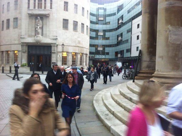 دفتر بی بی سی در لندن تخلیه شد + تصویر