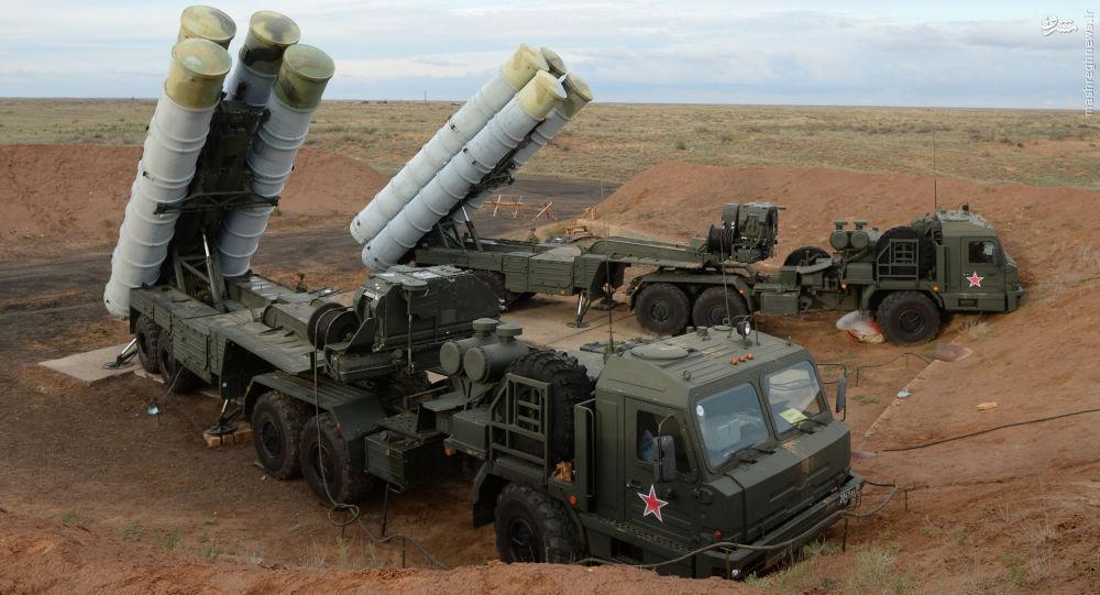 آمادهباش سامانه اس-400 در مرزهای روسیه +عکس