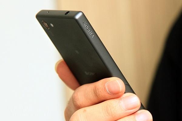 مروری بر بهترین تلفنهای هوشمند عرضه شده در سال ۲۰۱۵