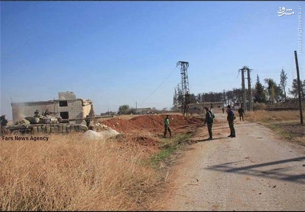 پاکسازی بخشهایی از بزرگراه حلب-الرقه در سوریه +عکس