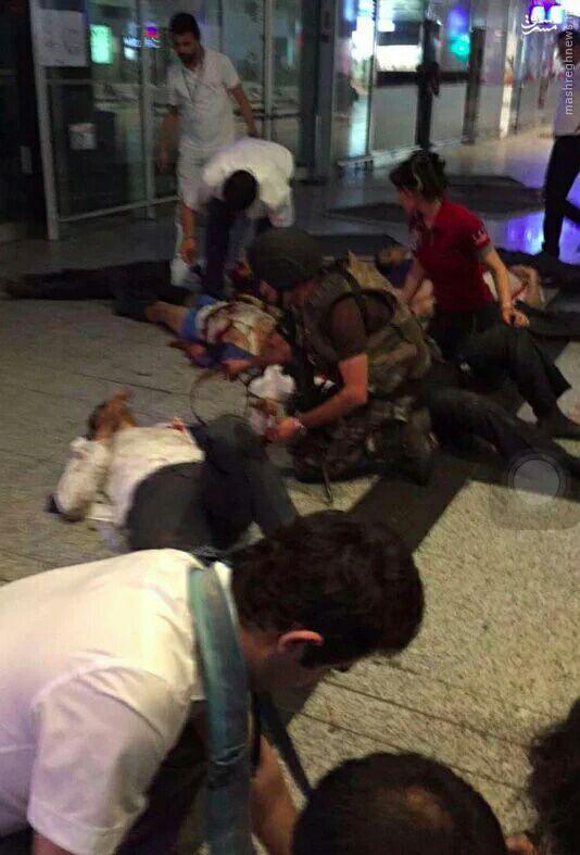 2 انفجار و تیراندازی در فرودگاه آتاتورک ترکیه+عکس و فیلم