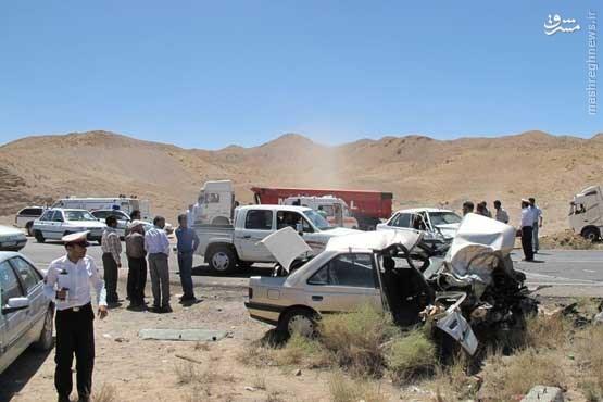 تصادف چهار خودرو در جاده بیرجند