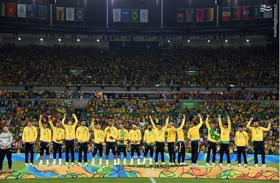 عکس/ نقص فوتبال برزیل تکمیل شد