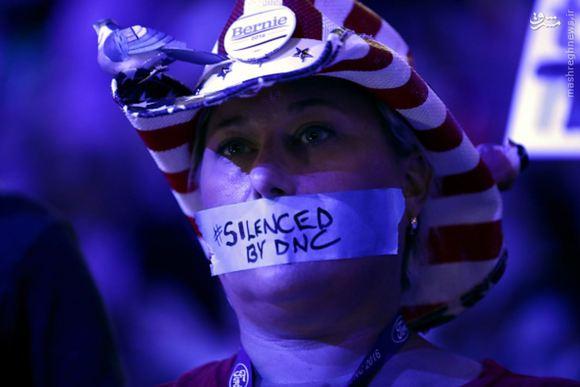 افشای رایانامههای جدید از تبانی دموکراتها علیه سندرز