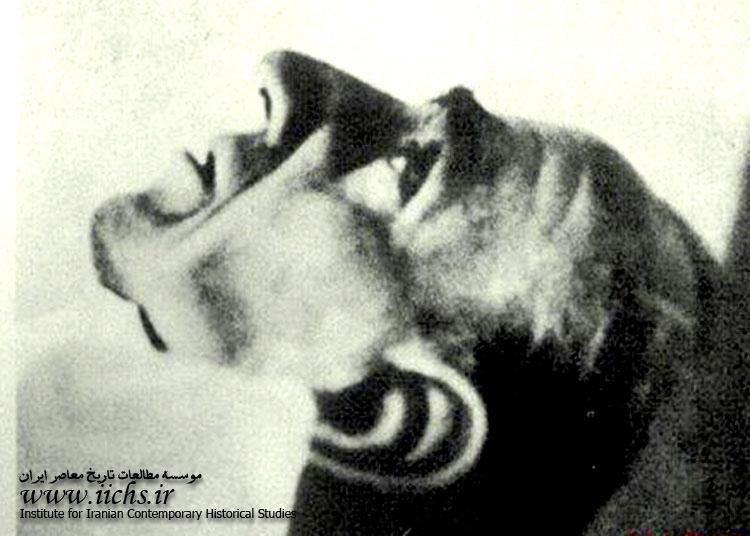 تنها عکس از جسد محمدرضا پهلوی