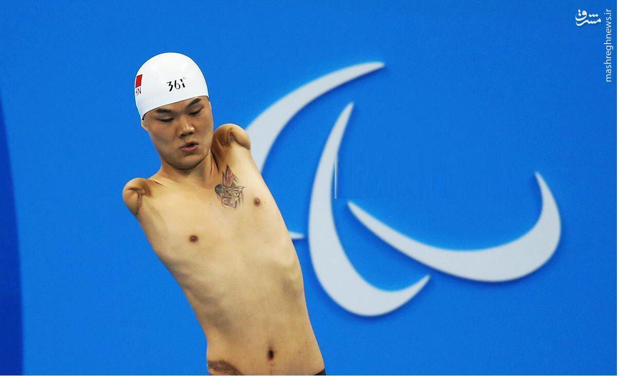 عکس/ قهرمان عجیب شنای پارالمپیک