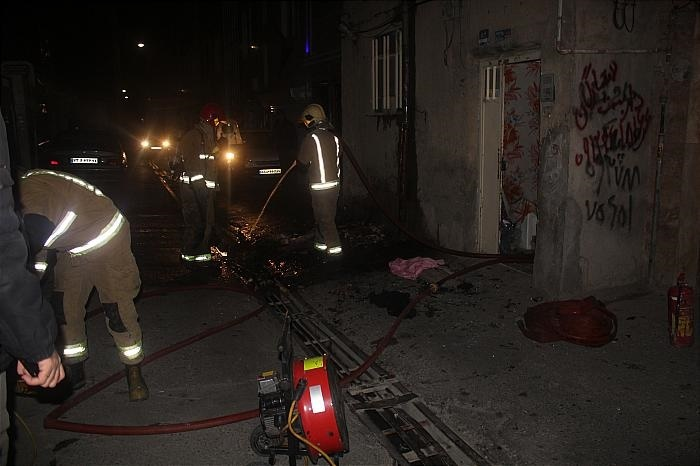 آتش سوزی منزل مسکونی در شادآباد +تصاویر