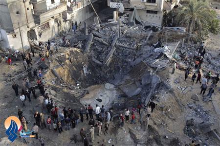 بقایای یک منزل مسکونی بعد از اصابت راکت جنگنده های صهیونیست