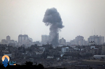 ستونی از دود ناشی از انفجار راکت