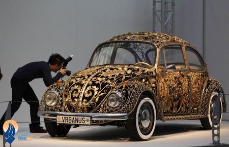 فولوکس واگن  تزئین شده در نمایشگاه اسن - آلمان