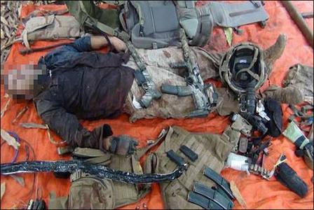 تصویر نظامی کشته شده فرانسوی در سومالی که توسط شبه نظامیان این کشور منتشر شده